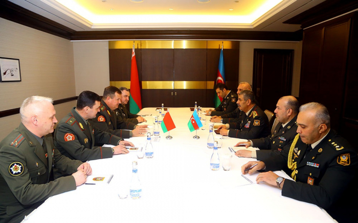 Azərbaycan və Belarus arasında hərbi əməkdaşlıq planı imzalandı - FOTO
