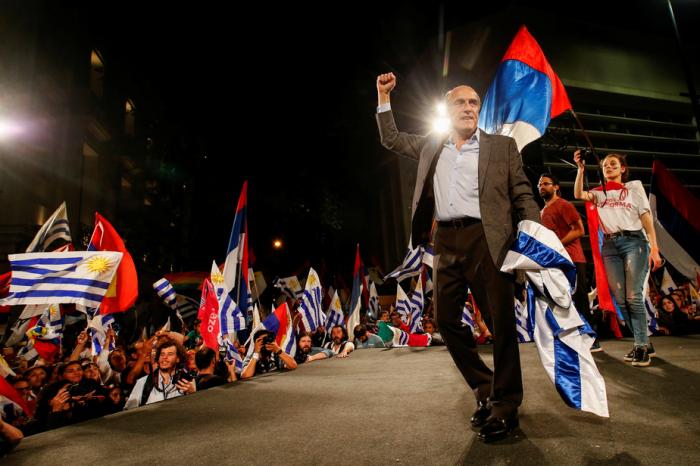 Présidentielle en Uruguay: le candidat de gauche en tête au 1er tour