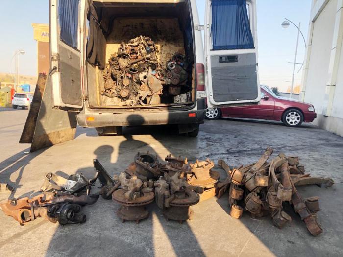 Gömrükdə avtomobil ehtiyat hissələri aşkarlandı