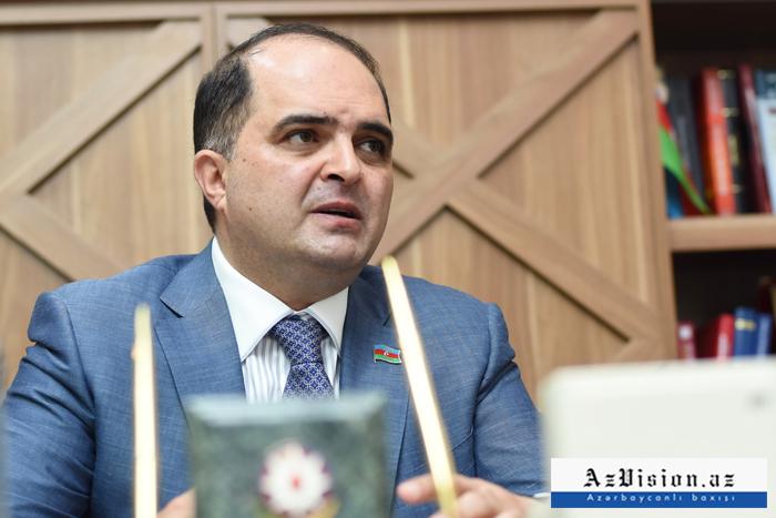 """Rəşad Mahmudov: """"Tibbin inkişafı bəzən fayda ilə yanaşı zərər də gətirir"""" – MÜSAHİBƏ"""