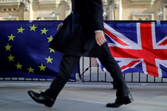 Brexit:   Paris salue «un élan positif» et espère l