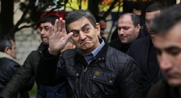 Əli Kərimli psixoz olub?!