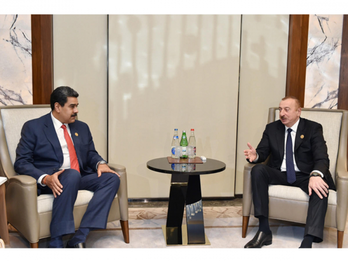 President Ilham Aliyev meets his Venezuelan and Djiboutian counterparts
