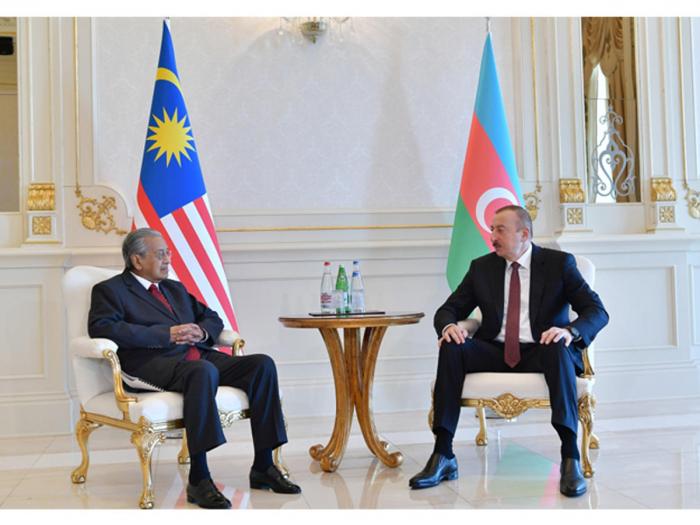 President Ilham Aliyev receives Malaysian PM Mahathir bin Mohamad