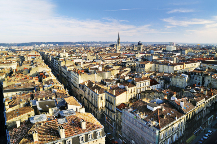 Mayor of Bordeaux invited to Azerbaijan