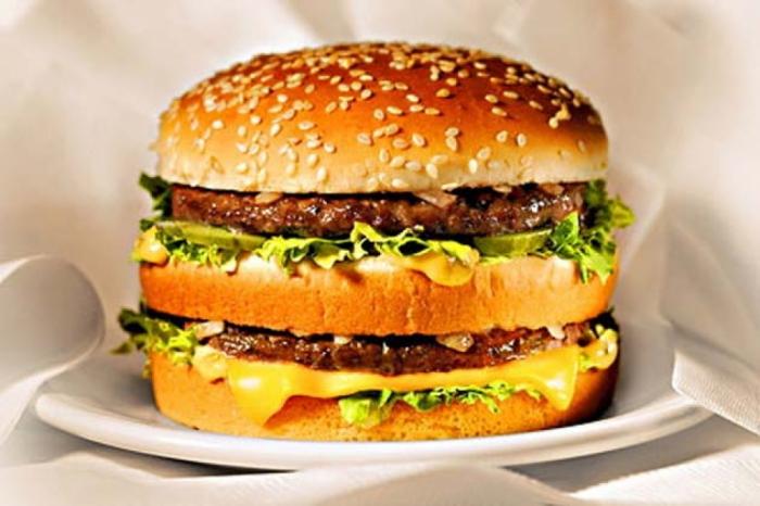 Azerbaiyán es uno de los 5 países más populares entre los turistas que ofrecen comida rápida barata