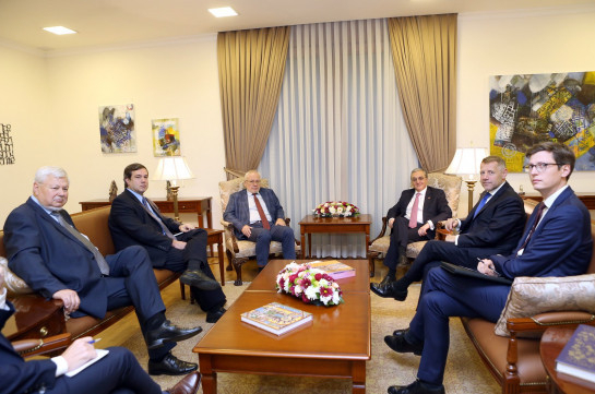 Armenia's FM, Minsk Group co-chairs prioritize reduction of tension on the border