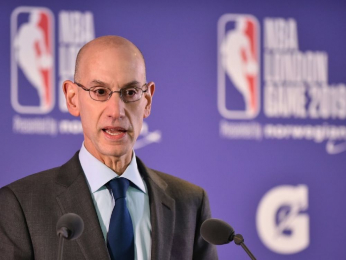 """Tweet polémique sur Hong Kong : la TV chinoise """"suspend"""" la diffusion de matches NBA"""