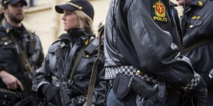 Norvège : un homme armé vole une ambulance et renverse plusieurs personnes