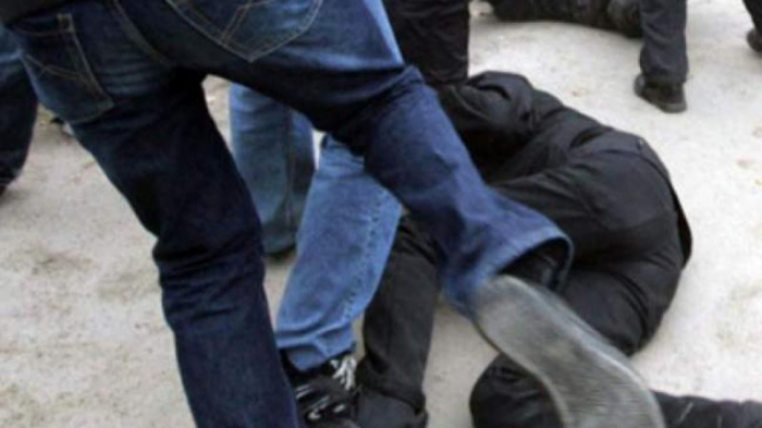Balakişiyevi parkda döydülər, işə polis qarışdı