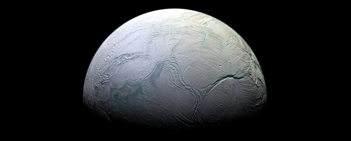 NASA just revealed an ocean on Enceladus contains building blocks of life
