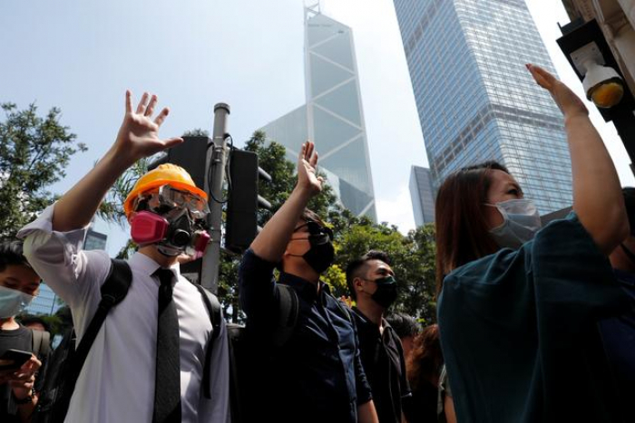 Hong Kong set to discuss emergency laws as further protests planned