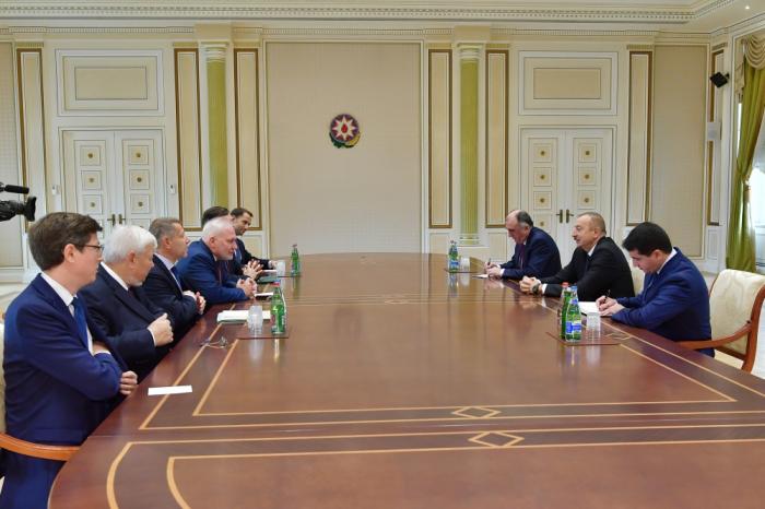 Presidente Ilham Aliyev recibe a los copresidentes del Grupo de Minsk de la OSCE