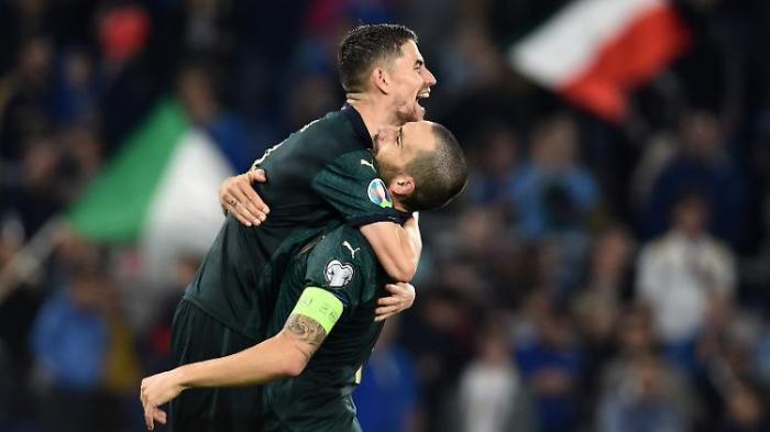 Italien löst EM-Ticket, Spanien patzt