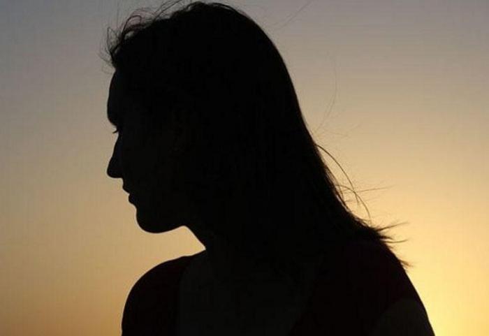 Bakıda 19 yaşlı qız itkin düşüb
