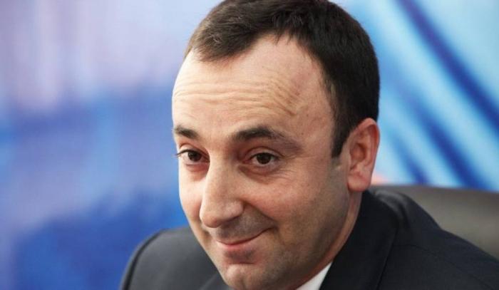 Tovmasyan susmadı və Paşinyanın cavabını verdi