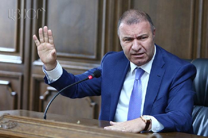 Erməni deputat Paşinyanın əksinə çıxış etdi