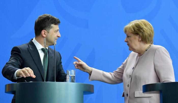 Merkel, Zelenskiy spoke about gas transit from Russia via Ukraine