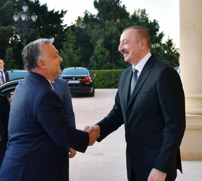 Se celebra la reunión entre el presidente azerbaiyano y el primer ministro húngaro