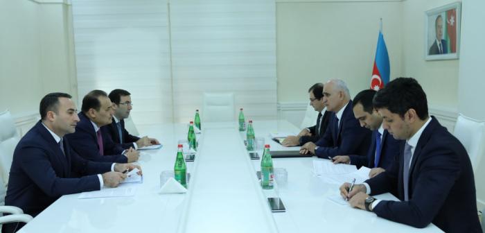 Ministro de Economía se reunió con el Secretario General del Consejo Turco