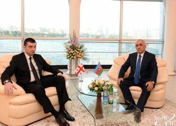 Azərbaycan və Gürcüstanın Baş nazirləri görüşdü - FOTO