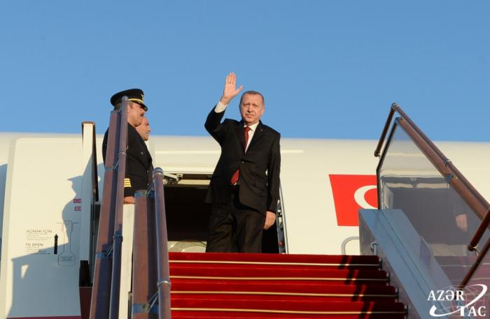 Erdogan termine sa visite en Azerbaïdjan