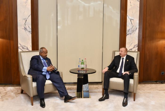 Prezident cibutili həmkarı ilə görüşdü