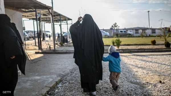 """""""داعشية"""" تطلب العودة لأميركا.. وبومبيو: """"إرهابية"""""""