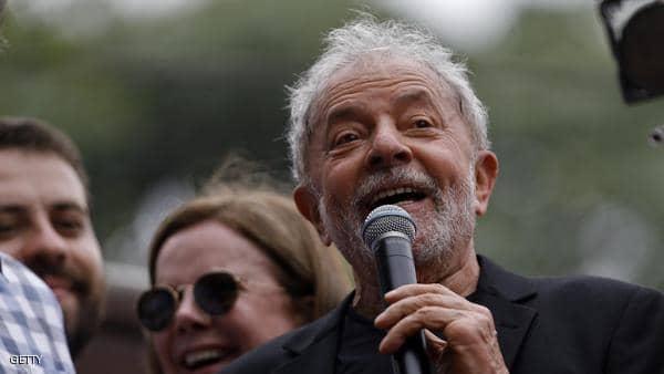 """رئيس البرازيل يطلق على سابقه """"لفظا نابيا"""""""