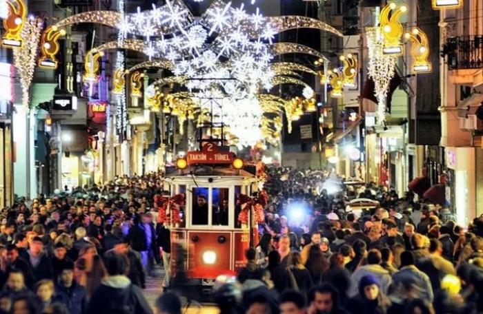 Bir ayda Azərbaycandan Türkiyəyə 87 min turist gedib