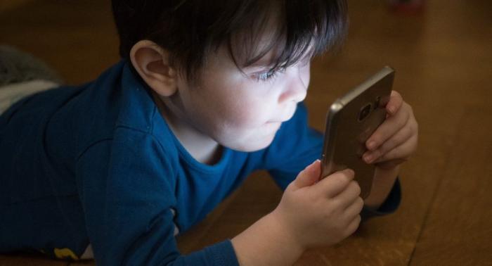 Les écrans seraient nocifs pour le cerveau des nourrissons et jeunes enfants