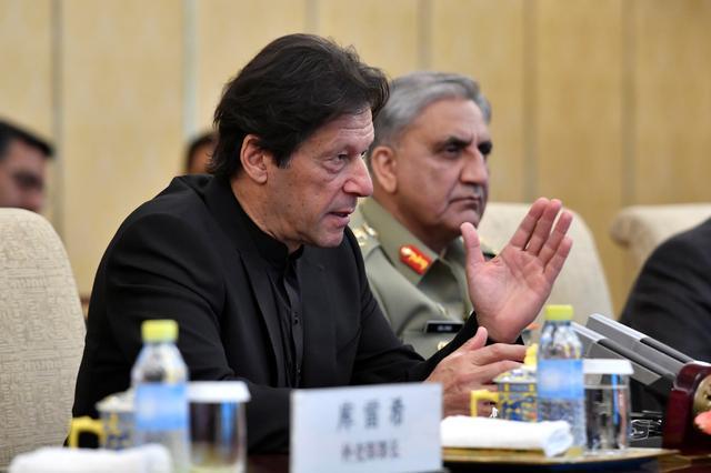 Pakistani protesters rally to demand Imran Khan