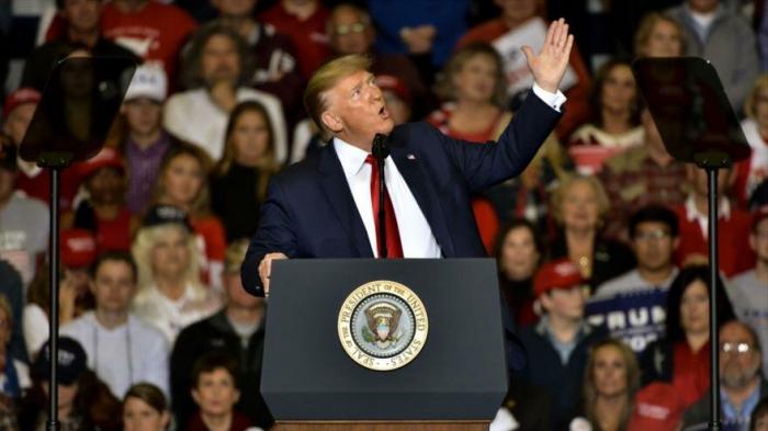 Trump alerta por caída del mercado de valores en caso de su impeachment