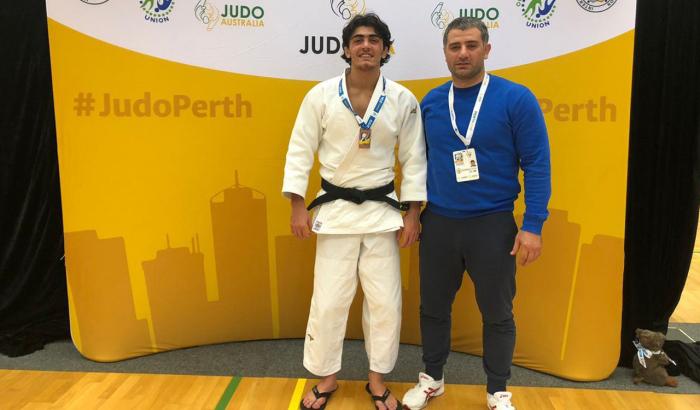 Cüdoçumuz Avstraliyada bürünc medal qazanıb