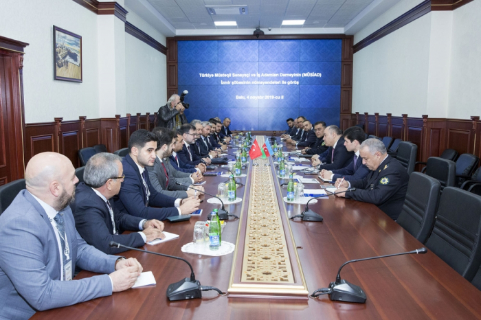 DGK-da türkiyəli iş adamları ilə görüş keçirilib