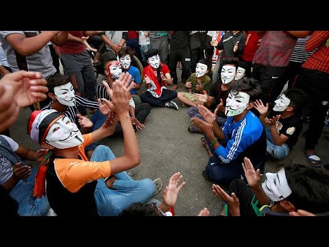 Iraqi students take to the streets in anti-government protests-  NO COMMENT