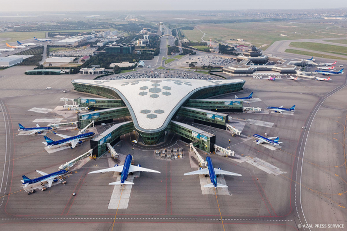 Azerbaijan leaves developed countries behind in efficiency of air transport services