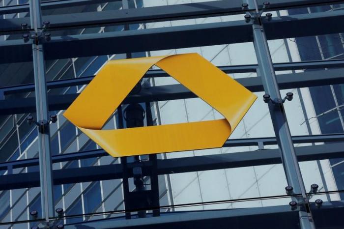 Commerzbank kippt Gewinnziel für 2019