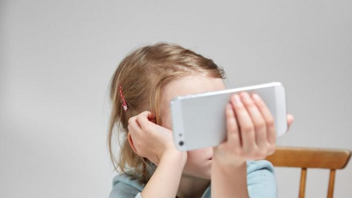 Les écrans détruisent-ils le cerveau de nos enfants ?