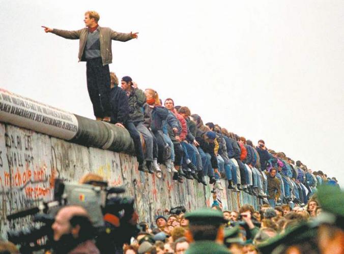 Bakú acogerá eventos dedicados al 30 aniversario de la caída del Muro de Berlín