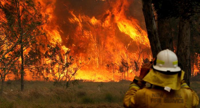 Al menos dos muertos por incendios forestales en Australia