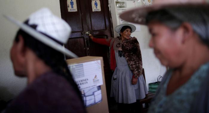 Los auditores de la OEA recomiendan repetir las elecciones en Bolivia