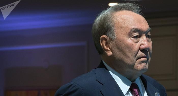 Exmandatario kazajo, dispuesto a organizar un cara a cara entre Putin y Zelenski