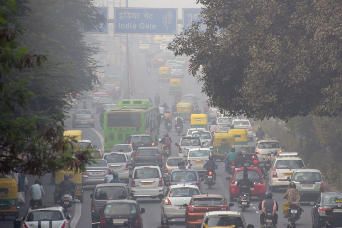 Air pollution level becomes severe in Indian capital