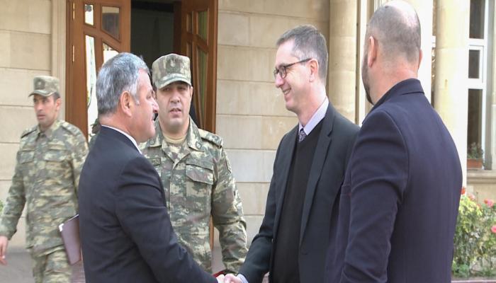 Representantes de la OSCE que realizan monitoreo en el territorio de Terter se reúnen con el jefe del poder ejecutivo
