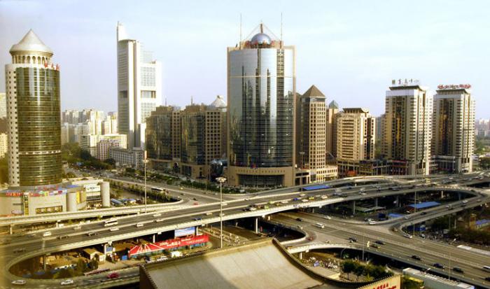 Azerbaiyán funda la Casa Comercial en China