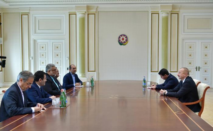 Presidente Ilham Aliyev recibe a la delegación iraní