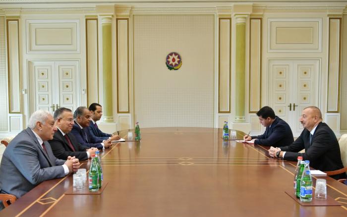 Presidente de Azerbaiyán recibe a la delegación de laCámara de Representantes de Egipto