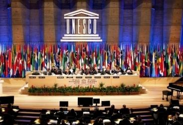 الوفد الأذربيجاني يفضح الأكاذيب الأرمنية في المؤتمر العام لليونسكو