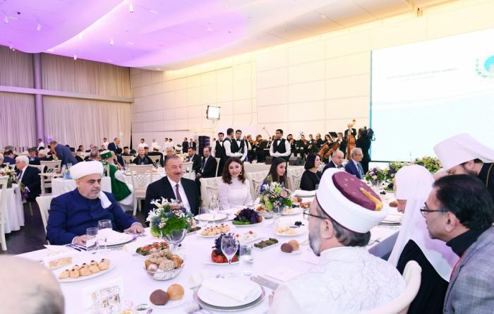 Réception offerte en l'honneur des participants du 2e Sommet mondial des leaders religieux